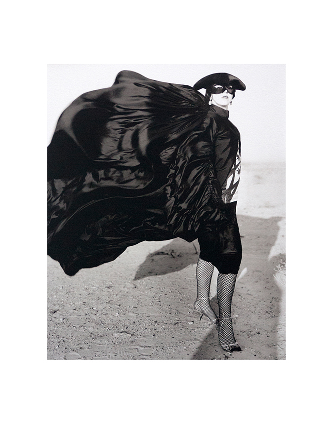 Isabella Blow_in Kuwait by Donald McPherson_2001_Platinum_Palladium Print_DC Editions_low_rez1